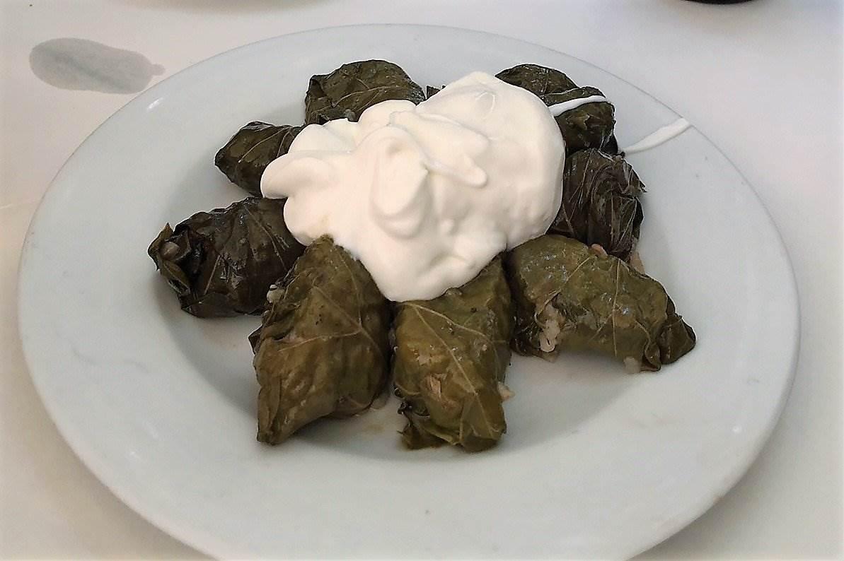 greek stuffed vine leaves