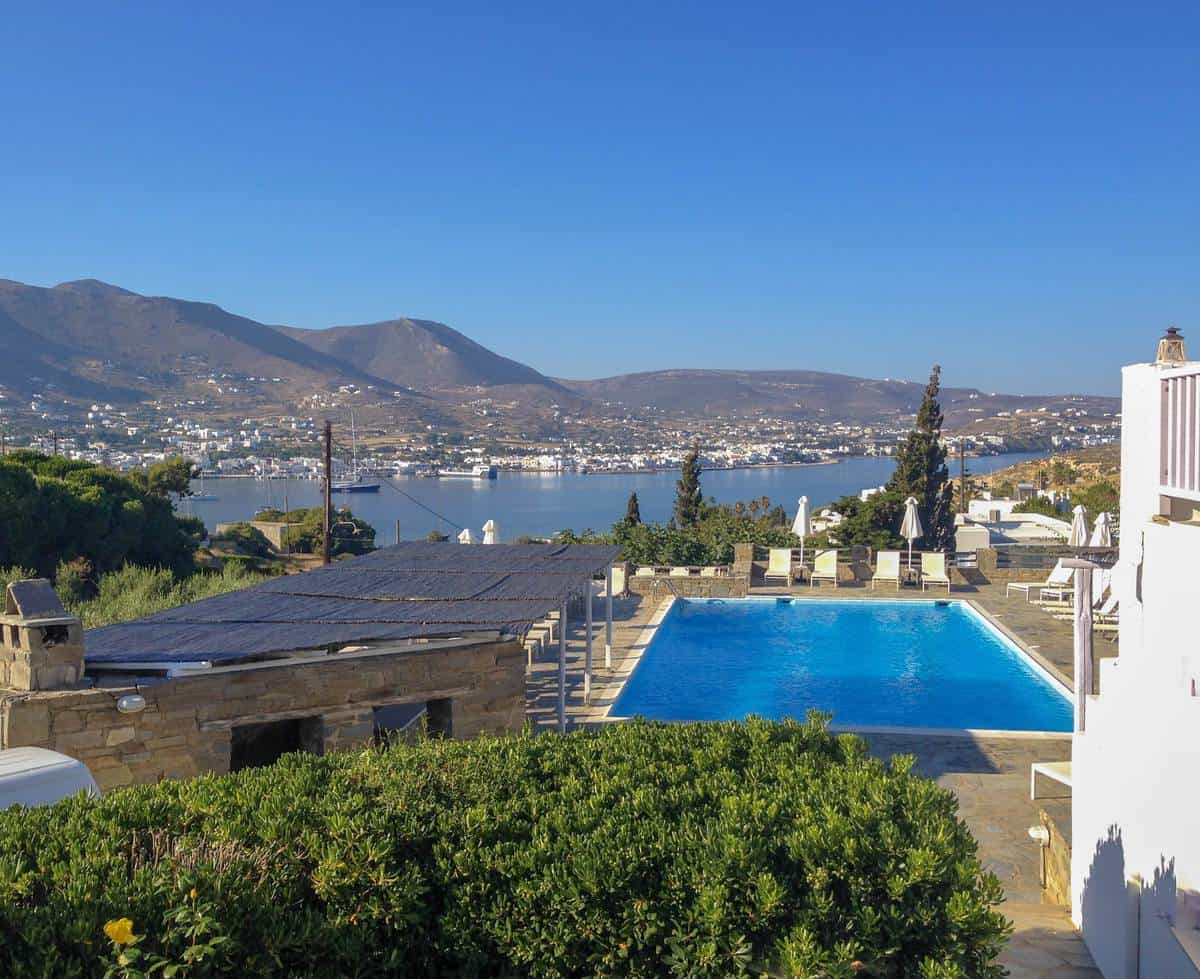accommodation on paros