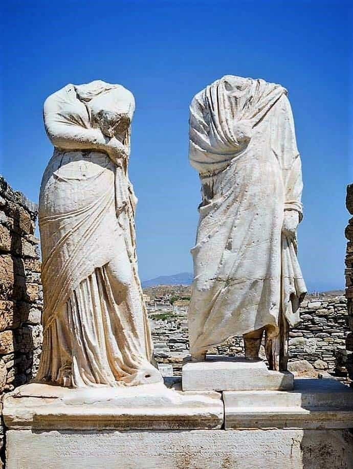 statues greek ruins