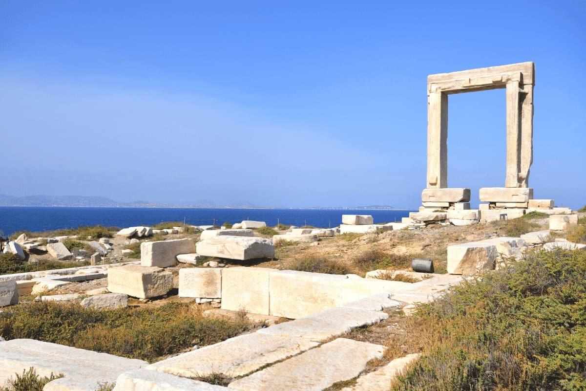 naxos temple