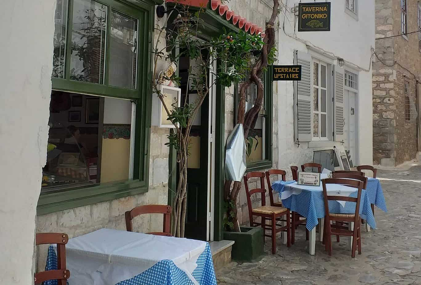where to eat on hydra