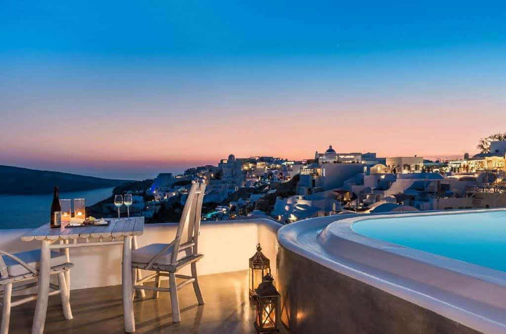The most INCREDIBLE Oia, Santorini accommodation right now!