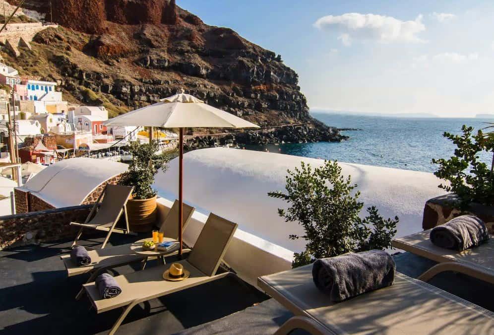 santorini airbnbs